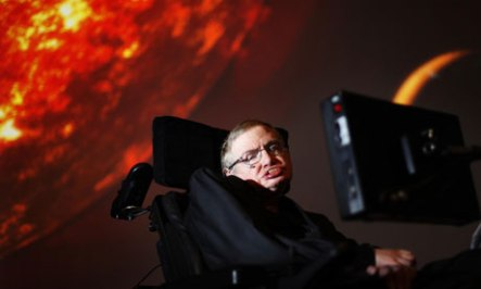 Stephen Hawking supports BDS through academic boycott of Israel